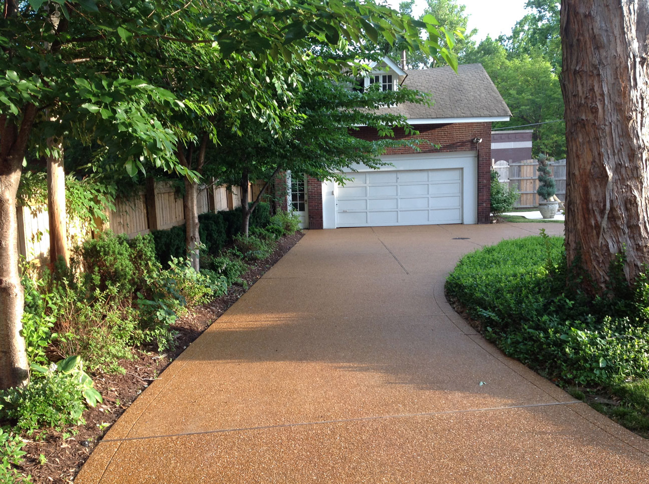 CWE Exposed Pea Gravel | D&B Concrete